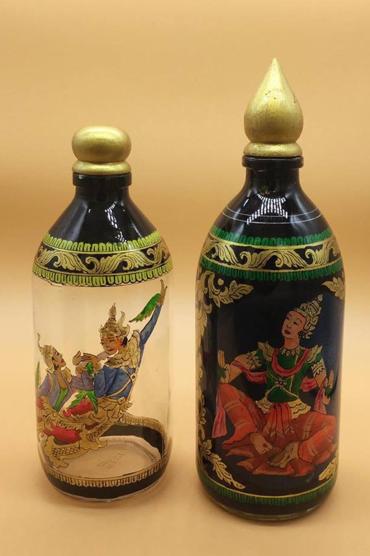 ပုလင္းပန္းခ်ီ (Bottle Painting)